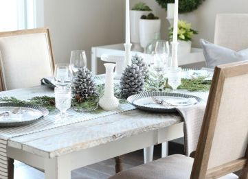 White-christmas-dining-table