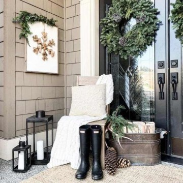 Front-porch-ideas-winter-wreath-rustic-boots-500x500