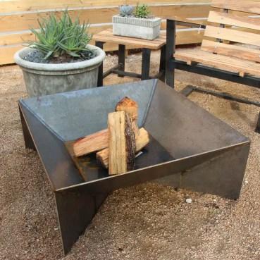 Geometric+steel+fire+pit
