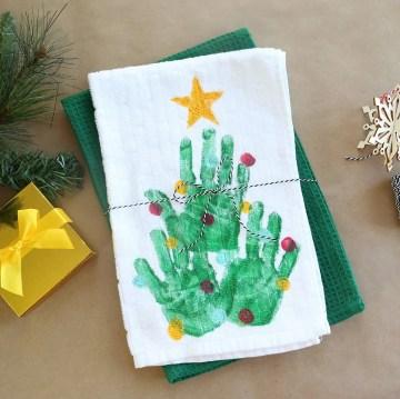 Handprint-christmas-tree-towel