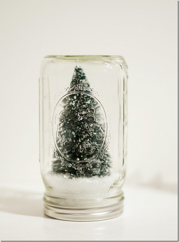 Mason-jar-snow-globes-anthropologie-inspired-how-to-make-4_thumb