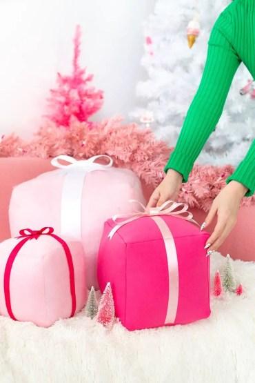 Pillow-present-1574202143
