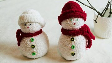Sock-snowmen-2-480x270