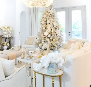 White-christmas-living-room-tree-stunning