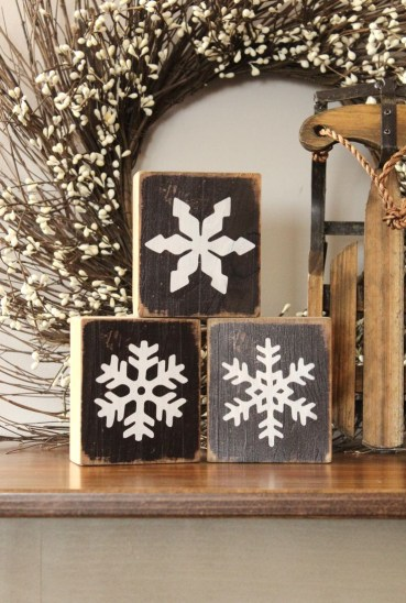 Winter-mantel-decor-ideas