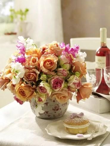 Flower-decoration-ideas-to-celebrate-spring-holidays-_38