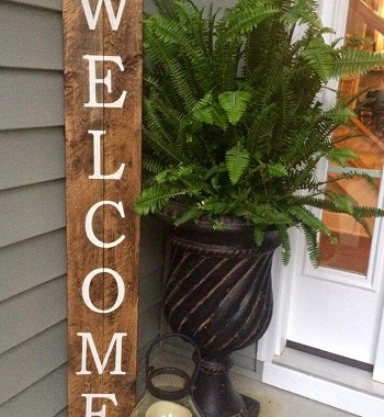 Pretty rustic wood welcome sign
