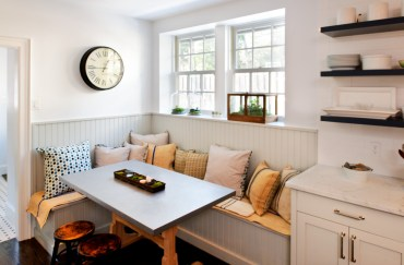 Traditional-breakfast-nook-hard-bench-pillows-1