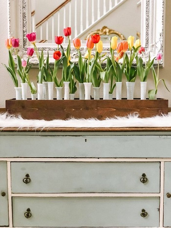 Tulips wooden box Bring Your Spring Vibe More For Home Decoration With The Beauty Of Tulips