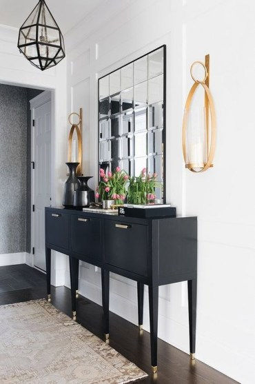 Chic+stylish+foyer