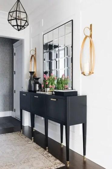 Chic+stylish+foyer
