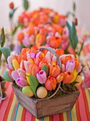 How-to-incorporate-tulips-into-your-spring-decor-ideas-24