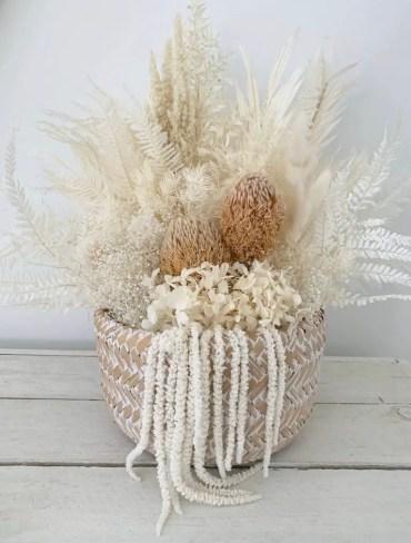 1-wickerandwhitewash_boho-floral-arrangments-768x1024-1