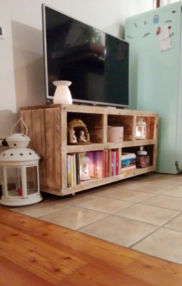 16-genius-handmade-pallet-wood-furniture-ideas-you-will-immediately-want-to-try-1-630x991-1