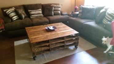 16-genius-handmade-pallet-wood-furniture-ideas-you-will-immediately-want-to-try-2-630x354-1