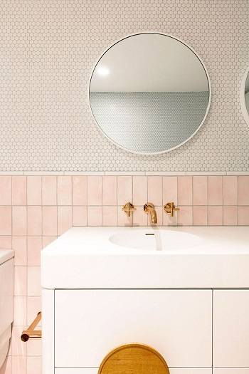 Amazing mixing tiles bathroom