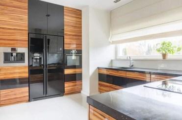 Black-and-wood-modern-kitchen-ideas