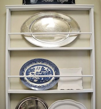 Budget-friendly plate rack Uncomplicated Plate Racks Ideas To Stack Your Plates