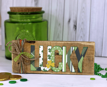 Lucky-pallet-sign-by-ribbons-and-glue