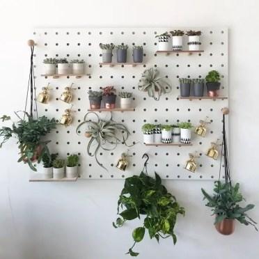 Pegboard-garden