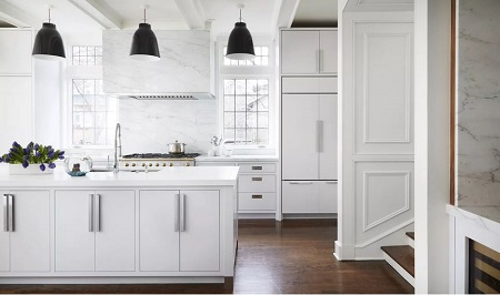 Traditional modern kitchen look