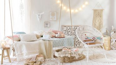 Ambiance-hippie-chic-et-coachella-dans-le-salon-chez-maisons-du-monde_5780913