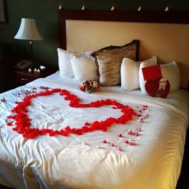 Romantic-gestures-rose-petal-heart