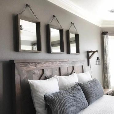 03-farmhouse-mirror-ideas-homebnc