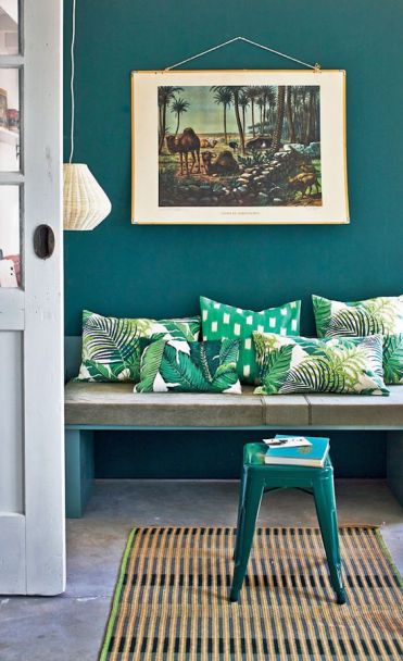 04-colorful-tropical-leaf-print-pillows-will-spruce-up-your-entryway-and-make-it-bold