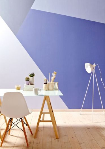1-02-a-bright-geometric-color-block-wall-in-blush-grey-and-purple-for-a-bold-home-office-look