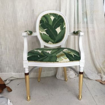1-10-a-vintage-and-super-elegant-chair-with-tropical-leaf-upholstery-and-gilded-legs-is-a-very-chic-idea
