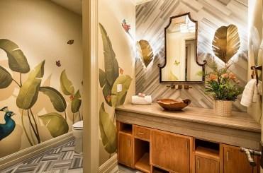 1-bold-tropical-leaf-motifs-for-the-polished-powder-room