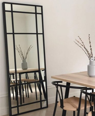1-an-ikea-hovet-mirror-hacked-to-give-it-an-industrial-look-is-a-bold-and-fresh-idea-to-rock-775x942-1