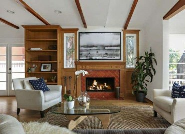 1-cottage-style-living-room-tr-oct152019-22-min