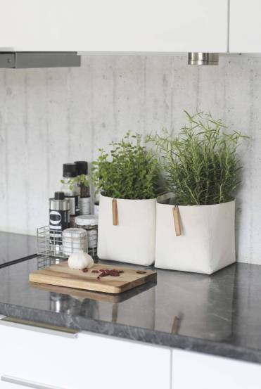 30-kitchen-counter-top-organizing-ideas-homebnc