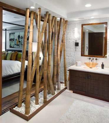 Bamboo-feature-acts-as-a-partition-between-the-bedroom-and-bath