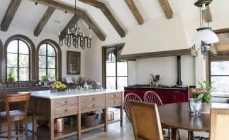 Casual spanish kitchen style
