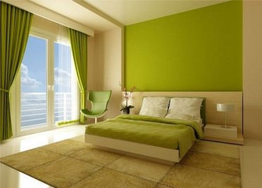 Chartreuse-accent-wall-in-modern-bedroom