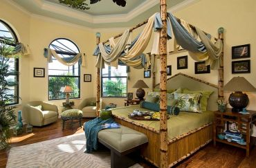 Custom-tortoise-shell-bamboo-bed-in-the-tropical-bedroom
