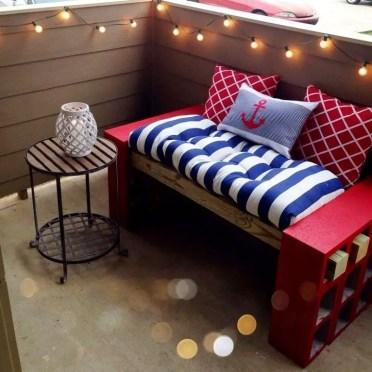 Concrete-block-furniture-ideas-diy-concrete-block-bench-balcony-furniture-ideas