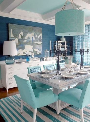 03-in-this-dining-room-you-can-see-blue-and-gree-blue-mixed-with-creamy-tones-for-a-softer-look
