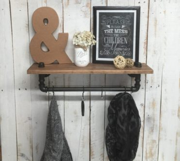 1-18-practical-handmade-coat-rack-ideas-you-can-produce-by-yourself-2-620x556-1