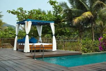 2-pool-house-cabana-apr8-19