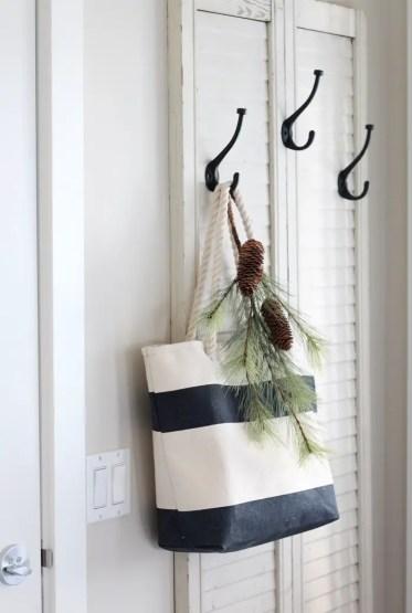 Diy-coat-hanger-using-shutters