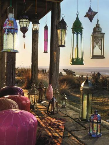Moroccan-lanterns-patio-decor-ideas-oriental-atmosphere