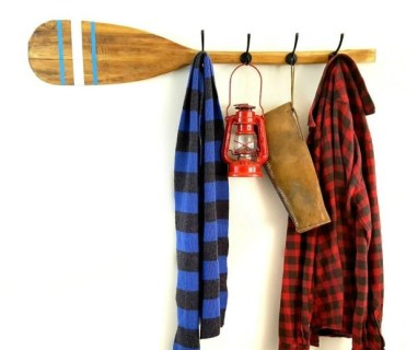 Vintage_feather_brand_oar_paddle_with_stenciled_stripes_repurposed_upcycled_into_diy_coat_hook_rack_by_sadie_seasongoods-1-600x600-1