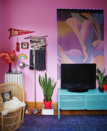 At_house-tours_2020-07_anna-r_pinkroom2