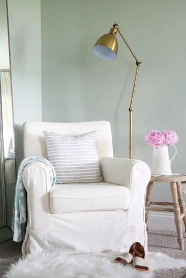Chair-1576264687