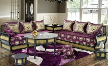Moroccan-style-living-room-interior-design-purple-sofa-upholstery-decorative-pillows