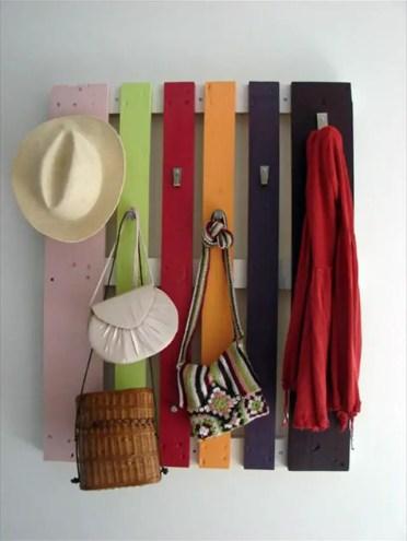 Pallet-wood-hat-rack-ideas
